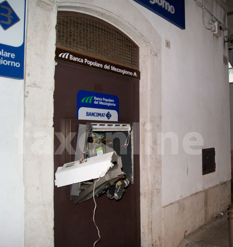 assalto-bancomat