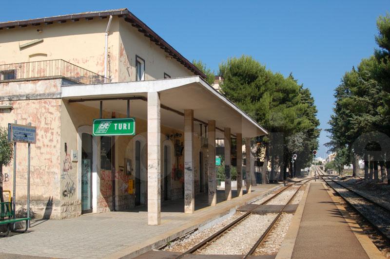 stazione-turi
