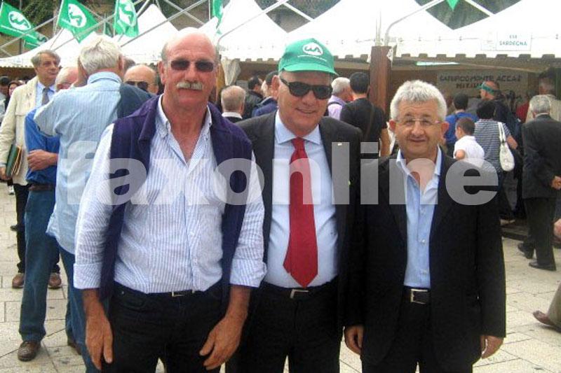 Angelo-Palmisano-e-Emilio-Ciccarone-insieme-al-presidente-nazionale-Politi