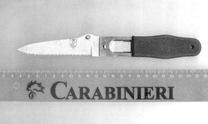 Il-coltello-sequestrato
