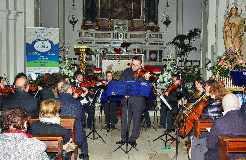 orchestra-e-direttore-Flavio-Maddonni