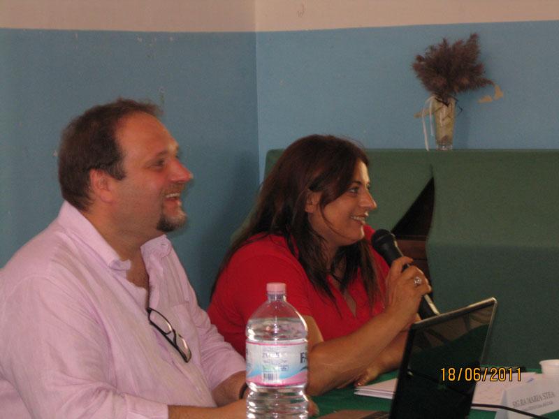 Gioia-del-Colle-Seminario-Comunicazione--Prof-Francesco-Pira-e-Presidente-Fidas-Maria-Stea
