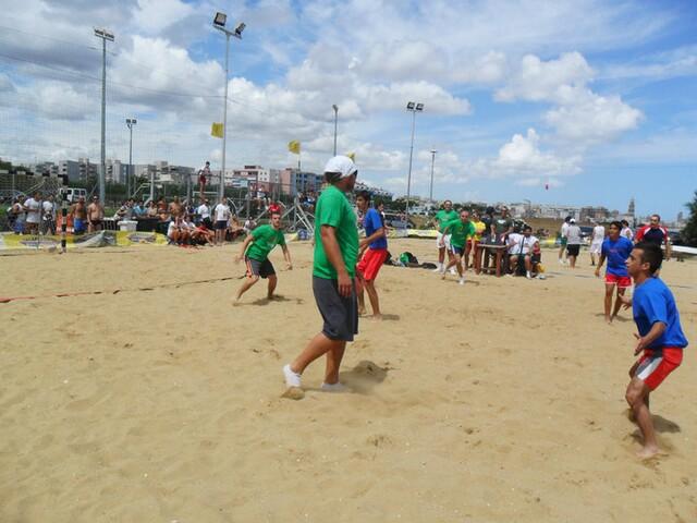 pallamano_in_spiaggia