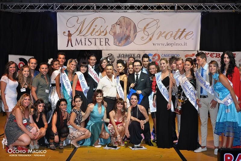 miss_grotte_2011_gruppo
