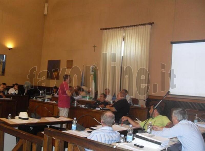 durante_il_consiglio_comunale