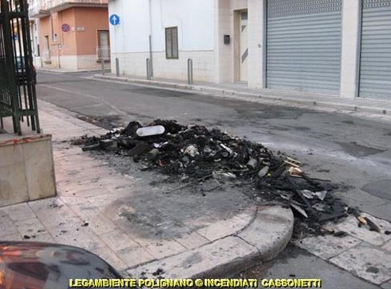 rogo_di_cassonetti