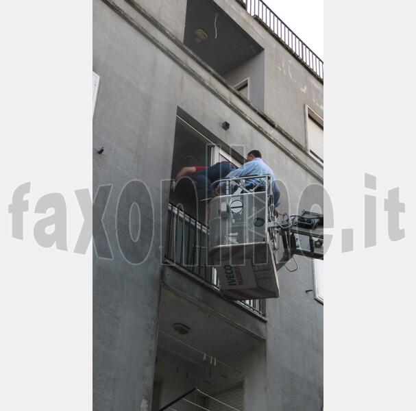barricato_in_casa_san_pietro_piturno__1