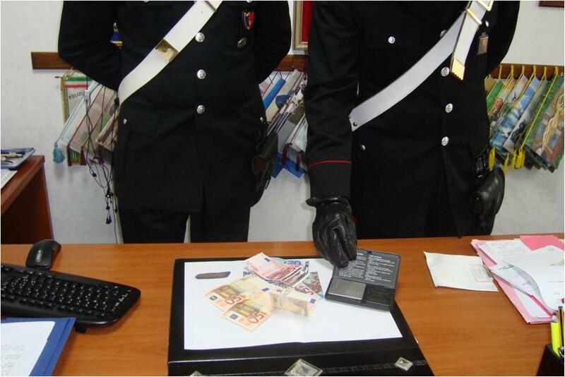 arresto_per_droga_31_francese