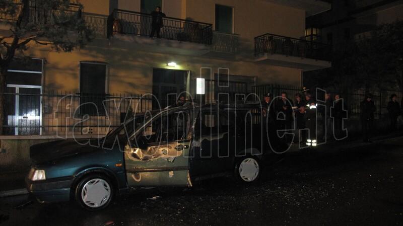 auto_in_fiamme_novembre_2011_5