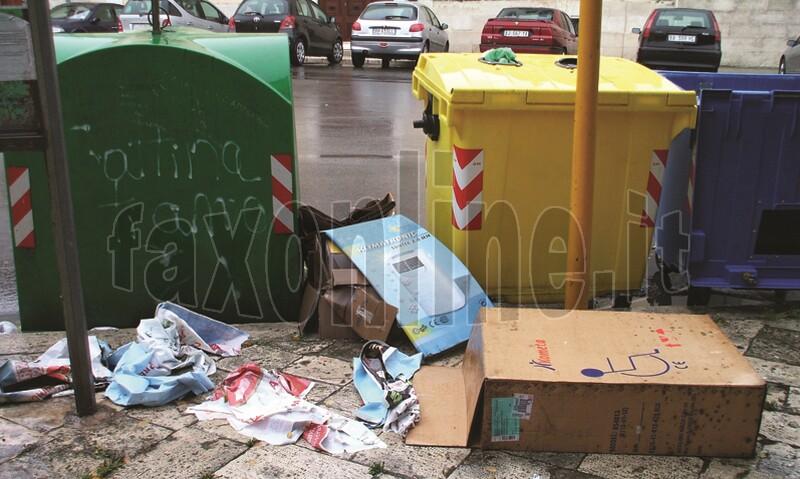 rifiuti_per_strada
