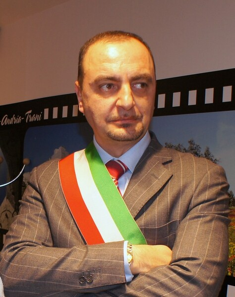 foto_sindaco_piero_longo