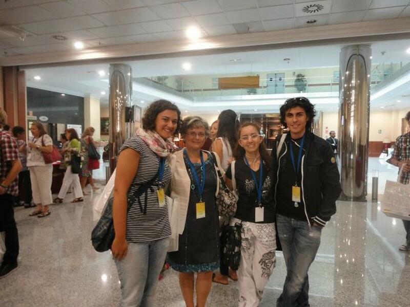 liceali_in_spagna_studenti_del_M-L_con_la_prof.spagnola