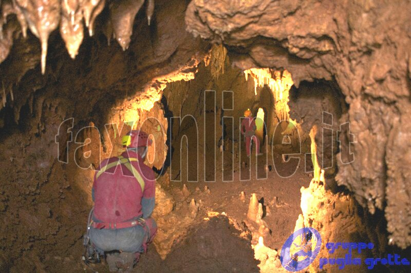 Interno_Grotta_Abate_Eustasio