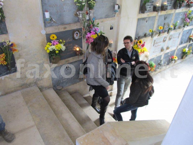 Cimitero-tomba