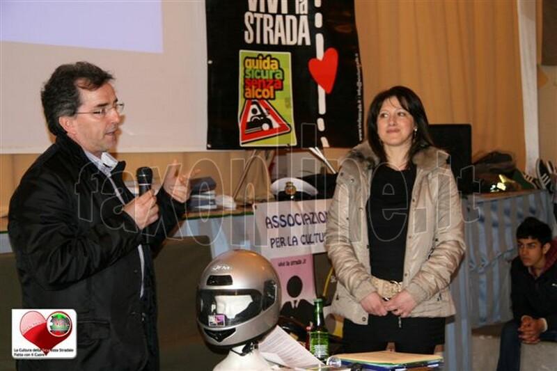 vivilastrada-24.4.2012-lezione_cultura_della_sicurezza_stradale_a_SANTERAMO_n_Colle_18
