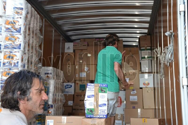 camion_solidariet_per_l_Emilia_3