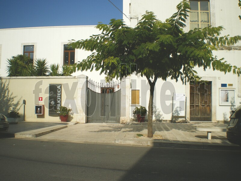 biblioteca_comunale_ingresso
