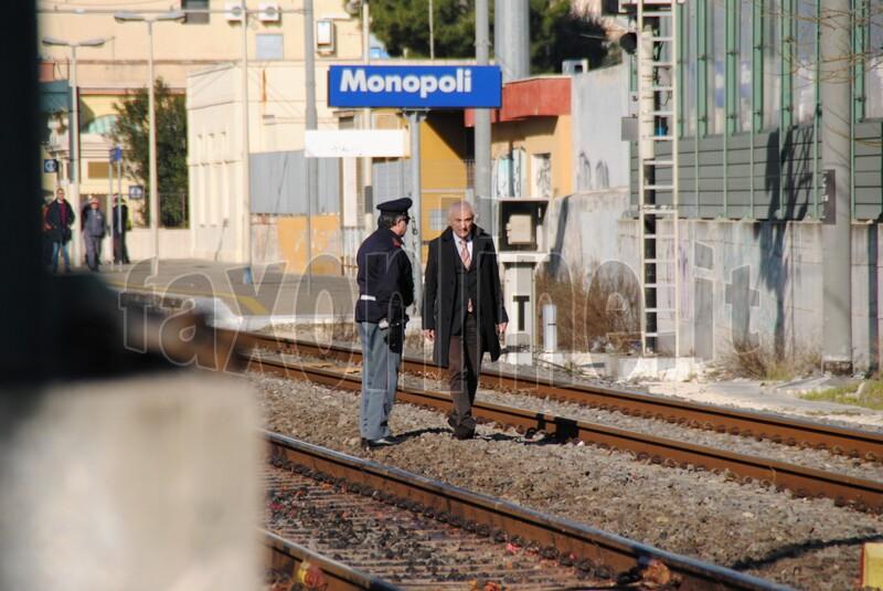 travolta_dal_treno_1