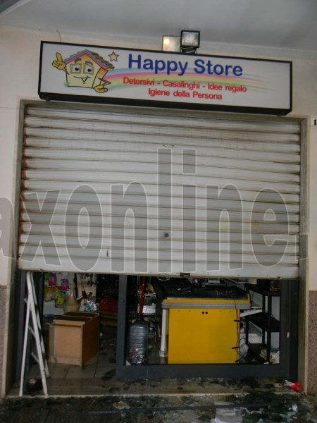 Incendio_Happystore_marchiata