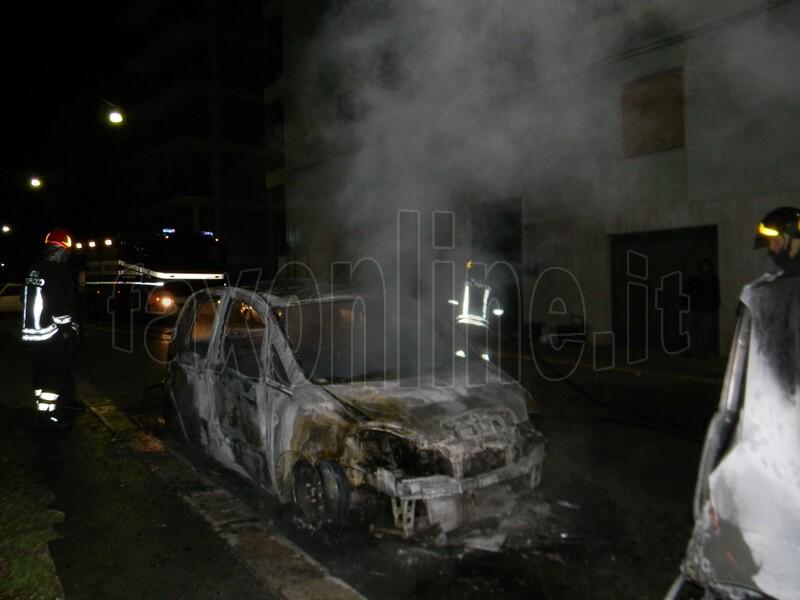 auto incendiate 4 febbraio (2)