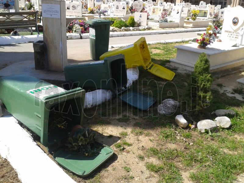 danni_vento_al_cimitero_3