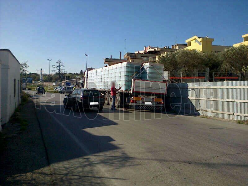 vetri_caduti_da_camion_4