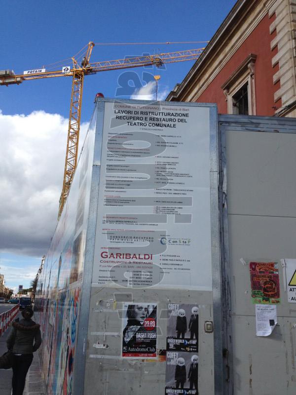 lavori_teatro_cartello