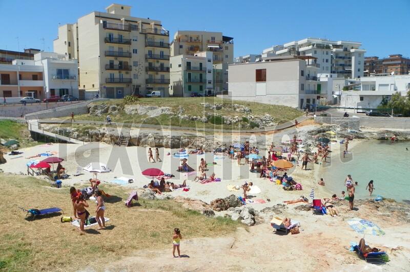spiaggia-monopoli 1