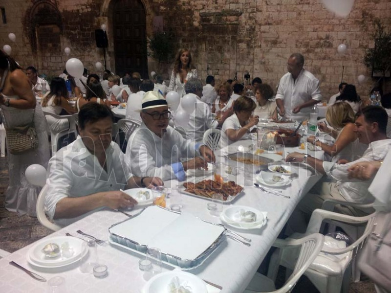 cena bianca3