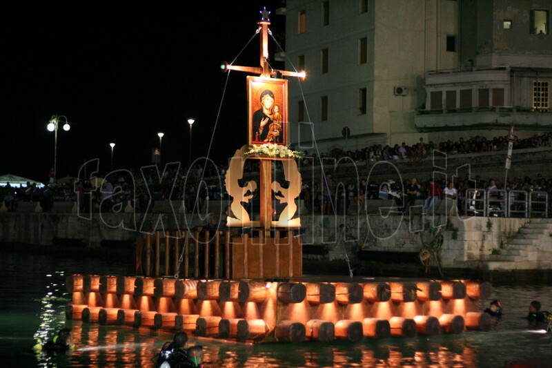 Madonna della Madia 14.08 321