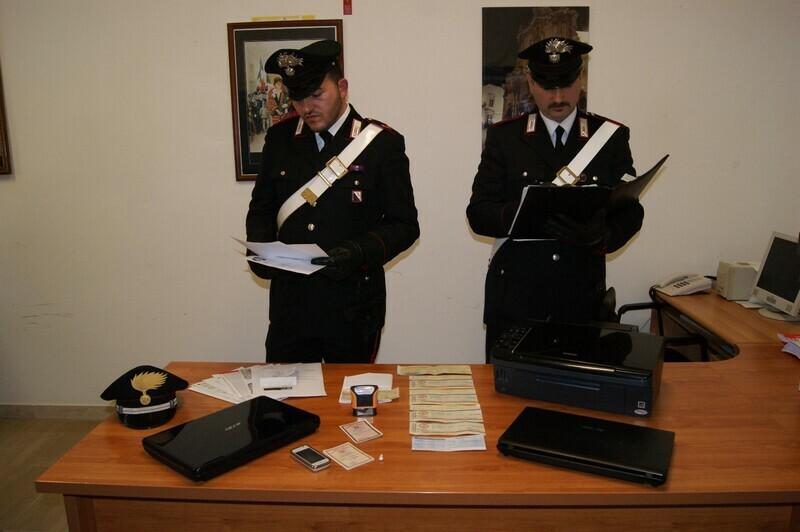 arresto documenti falsi-putignano