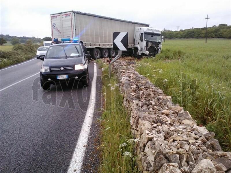camion fuori strada-noci