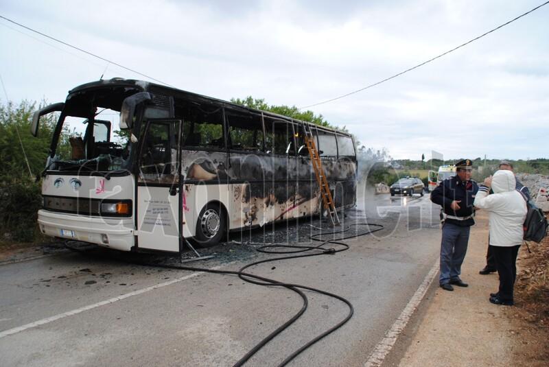 bus in fiamme-monopoli 2