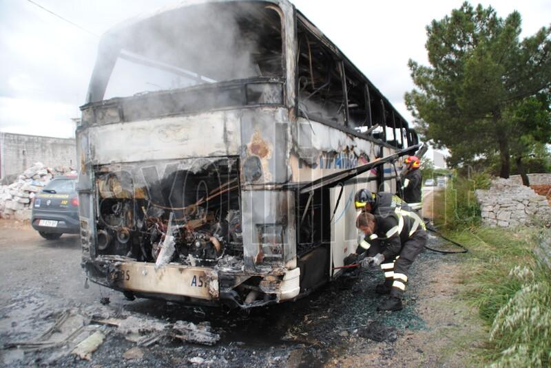 bus in fiamme-monopoli 3