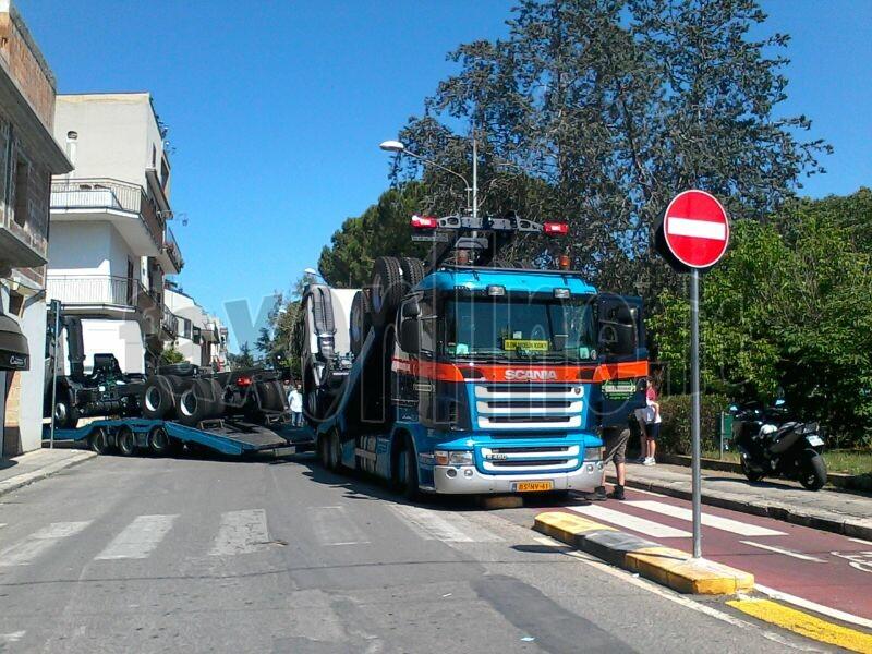 camion-via della vittoria 2