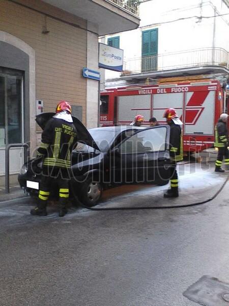 fiamme in via san lorenzo