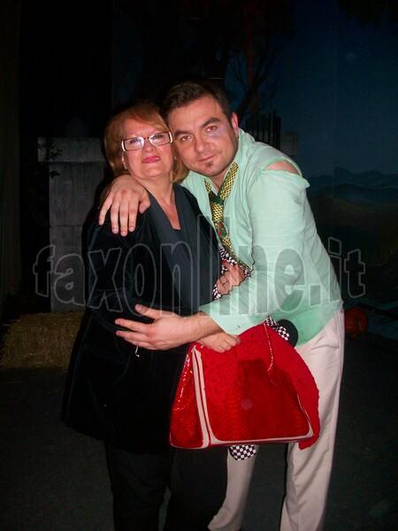 Dietro le quinte. Carmela Andresini con il figlio Liugi De Lucia