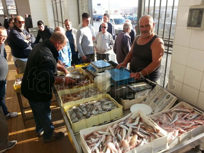mercato pesce2