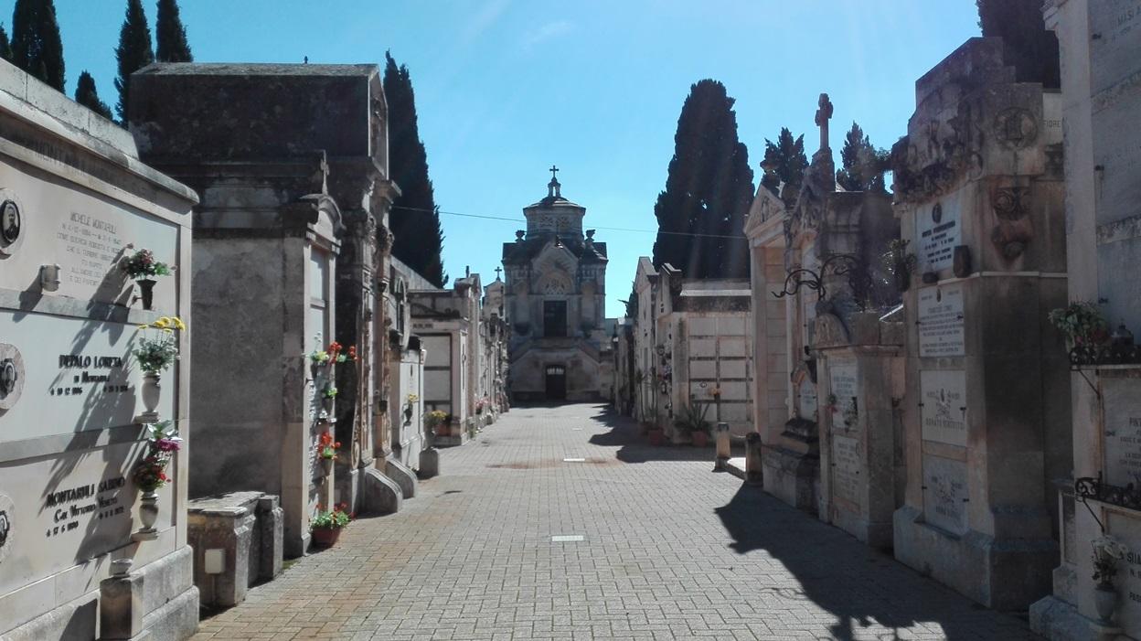 cimitero castellana