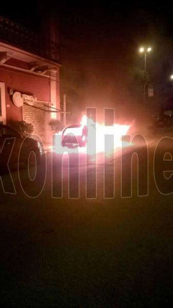 incendio auto Monopoli