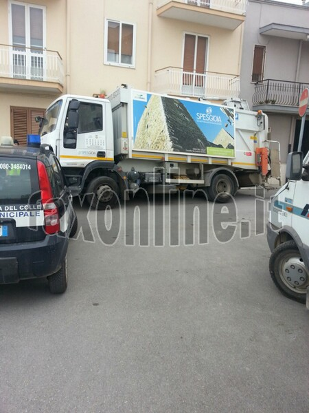 camion inghiottito2