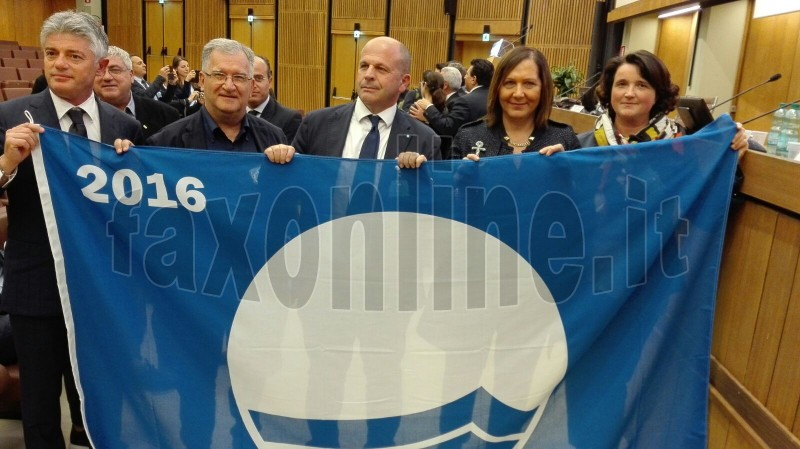 IX bandiera blu