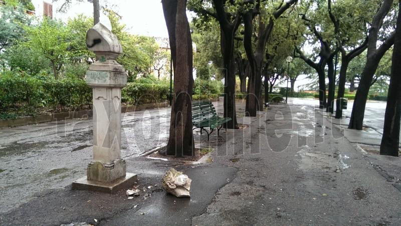 statua decapitata