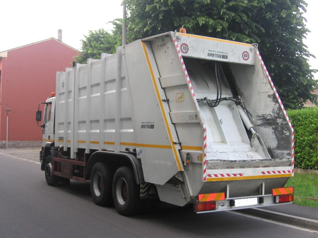 camion immondizia